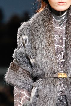 See detail photos for Missoni Fall 2012 Ready-to-Wear collection.