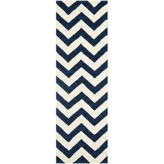 Safavieh Handmade Moroccan Chatham Chevron Dark Blue Wool Rug (2'3 x 9')