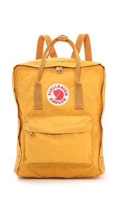 Fjallraven Kanken Backpack /// mochila (cualquier marca, ejemplo Kanken) color amarillo mostaza