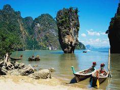 Ko Tapu, Phang Nga Bay (Thailand)  http://www.zuidoostaziemagazine.com/4-indrukwekkende-rotsformaties-in-zuidoost-azie/#