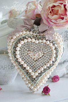 Сердечко - подвеска в стиле шебби - сердце,сердечко,подвеска сердце,подвеска