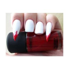 Unghie killer di Halloween ❤ liked on Polyvore featuring nails and makeup
