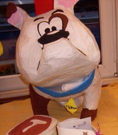 Surprise sinterklaas hond gemaakt van papier mache en balonnen