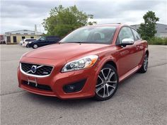 """Car - 2011 Volvo C30 T5 R-Design ROOF LEATHER ALLOYS in St Catharines, ON  $17,495"""
