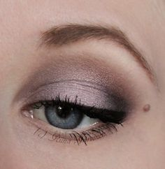 http://lilrin.blogspot.fi/2012/07/eotd-tribal-with-meow-cosmetics.html