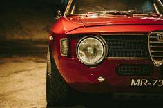 Alfa Romeo Gta, Alfa Romeo Logo, Fiat 500, Alfa Alfa, Alfa Romeo Giulia, Italian Beauty, Classic Italian, Car Photography, Cars And Motorcycles
