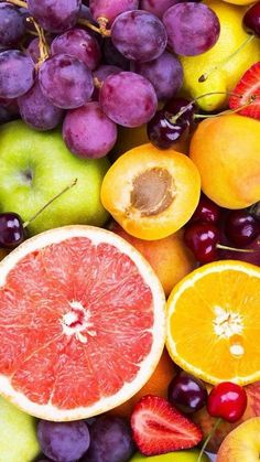 We write a lot about how eating fruit is so good for you and boosts your immune system. Now, it's time to take a look at which fruits . Peach Wallpaper, Food Wallpaper, Colorful Wallpaper, Wallpaper Ideas, Nature Wallpaper, Iphone Wallpaper, Fresh Fruits And Vegetables, Fruit And Veg, Fruit Fruit