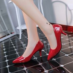 18.53$  Watch now - http://alio88.shopchina.info/go.php?t=32619429106 - 2016 New Arrival Heels 6CM Patent Leather Pointed Toe Women Pumps Shoes Party/Wedding/Work Sexy Ladies Stiletto Shoes 188  #buyonline
