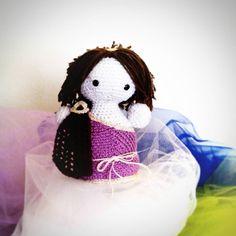 Ultima nata: la #amoRoma è la #bambola all' #uncinetto creata in onore delle #antiche  #romane !!! #crochet #amigurumi #artigianato #handmade #roma #anticaroma #anticaromana #fattoamano #madeinitaly #madeinroma by moniagatti
