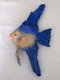 ANGEL FISH. PEIXE ANJO.GLASS MURANO GREEK EYES.SOLID PAPIER MACHÊ USING RECYCLED PAPERS,ACRILIC PAINTS. 26cm. CLAUDIO BARAKE SCULPTOR,BRAZIL.