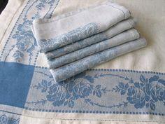 Vintage Blue and White Linen Damask Tablecloth Napkins
