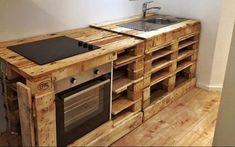 Altholz und Palettenholz haben viele Dinge gemeinsam. Ein besonders wichtiger Aspekt ist die Tatsache, dass beide Holzsorten günstig und einfach erhältlich sind. Schauen Sie sich diese 21 tollen DIY-Ideen für Altholz und Palettenholz an und Sie werden staunen, welche tollen Sachen Sie mit diesem günstigen Material basteln können.
