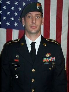 Navy SEALs and two Marines have been charged in the strangulation death of an Army Green Beret while the service members were stationed in the African country of Mali last year, the Navy said on Thursday. 3rd Special Forces Group, Army Green Beret, Marine Raiders, Staff Sergeant, Fallen Heroes, Fallen Soldiers, Afghanistan War, Real Hero, Navy Seals