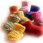 5 Easy Baby Booties to #Crochet; free patterns