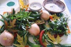 Ardei iuti oltenesti - Culinar.ro - Merg de minune langa ciorbele aburinde Vegetables, Food, Canning, Essen, Vegetable Recipes, Meals, Yemek, Veggies, Eten
