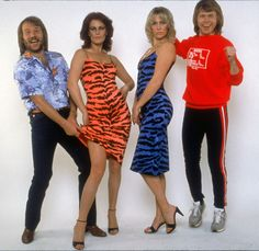 One of my most guilty pleasures, ever!  ABBA rocks... NOT, but I wish I could write songs like Benny and Bjӧrn, and those girls were definitely not hit by an ugly stick.
