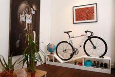 自転車をインテリアに変える家具 [T-SITE]
