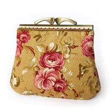 "Model number 6 . On the example of the purse ""Roses retro"" look especially sewing purse on a rectangular clasp. , we need to sew on two parts A and B of the main and lining fabric..."