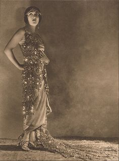 Gloria Swanson, Ziegfeld & Film Star, from Photoplay magazine, April 1923.