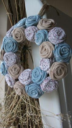 """Mini rózsakoszorú - """"Vihar"""", Dekoráció, Otthon, lakberendezés, Mindenmás, Meska Grapevine Wreath, Burlap Wreath, Minion, Grape Vines, Wreaths, Country, Diy, Home Decor, Crown Cake"""