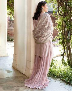 Pakistani Culture, Silk Dupatta, Groom Outfit, Silk Pants, Dress Suits, Simple Dresses, Bride Groom, Sequins, Neckline
