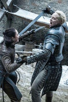 Arya Stark and Brienne of Tarth 7x4 game of thrones season 7