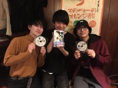 @shuto_mi 斎藤さんと、凌と。 男水!がもうすぐだからね。 集まりました。 3人してドキドキしてますよ。 男水!をよろしくお願いします!!! そして、主題歌「Silent Libre Mirage」もよろしくお願いします!! #UNISONSQUAREGARDEN  #松田凌 #男水