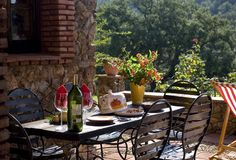 Landfair on Furniture: We Love Al Fresco Dining.