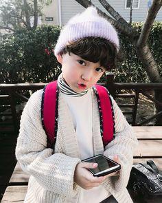 Yasss do amor lil' people дети, малыши và кар Cute Asian Babies, Korean Babies, Asian Kids, Cute Babies, Korean Boys Ulzzang, Ulzzang Kids, Cute Kids Pics, Cute Outfits For Kids, Kids Boys