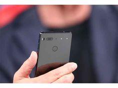 """Essential Phone, il nuovo smartphone """"modulare"""" dal creatore di Android Essential e` il nome di un nuovo progetto realizzato daAndy Rubin, nome che in un primo momento potrebbe non dirvi nulla ma che nel mondo geek vuol dire tanto.Si perche` dovete sapere che questo sig #android #andyrubin"""
