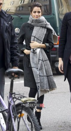 Martina Stoessel Heads To Poland To Announce New 'Got Me Started' Tour Dates!: Photo Martina Stoessel blows kisses to her fans ahead of a television appearance in Warsaw, Poland on Thursday (October The Argentinian-born singer… Celebrity Outfits, Celebrity Style, Got Me Started Tour, Style Casual, My Style, Wattpad, Celebs, Celebrities, Autumn Winter Fashion