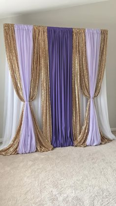 Desi Wedding Decor, Luxury Wedding Decor, Diy Wedding Backdrop, Home Wedding Decorations, Diy Birthday Decorations, Backdrop Decorations, Balloon Decorations, Backdrops, Gold Backdrop