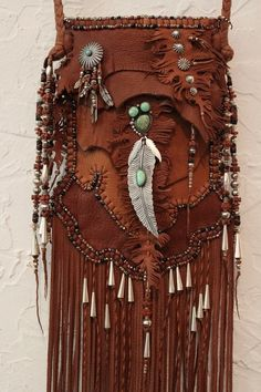 Bags & Handbag Trends : ॐ American Hippie Bohemian Style Boho Leather Fringe Bag with silver t Boho Hippie, Hippie Style, Gypsy Style, Boho Gypsy, Bohemian Style, Boho Chic, Bohemian Jewelry, Ethnic Jewelry, Punk Jewelry