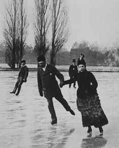My Little Time Machine Vintage Photographs, Vintage Photos, The Sporting Life, Vintage Christmas Photos, Somewhere In Time, Gibson Girl, Vintage Winter, Ice Skating, Figure Skating