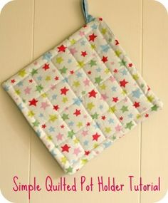 pot holder, casserole caddy and cloth napkins to make as a set. Possible gift idea.
