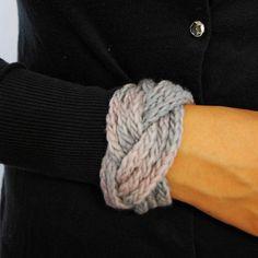 knit cuff.