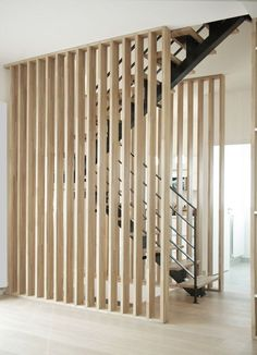 Wood Room Deviders // Natural Home Decor – Modern mid-century – Home Renovation House Stairs, House Design, Wood Room, Room Deviders, Timber House, Home Interior Design, Modern Decor, Stairs Design, Wood Room Divider