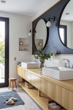 Room Decorating – Home Decorating Ideas Kitchen and room Designs Bathroom Photos, Bathroom Layout, Bathroom Interior, Small Bathroom, Master Bathroom, Bathroom Handrails, Cabin Floor Plans, Home Upgrades, Beautiful Bathrooms
