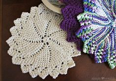 One Ounce Lacy Round Dishcloth Knitting Pattern | SimplyNotable.com