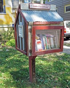 5 of the Coolest Little Free Libraries - BOOK RIOT
