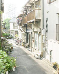 Alley by hisaya katagami