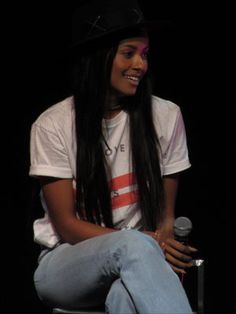 Kat Graham (Bonnie Bennett, the Vampire Diaries) at Bloody Night Con Europe