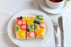 フルーツオープンサンド Cute Food, Good Food, Fruit Combinations, Victoria Sponge, Summer Fruit, Summer Recipes, Food Art, Healthy Snacks, Deserts