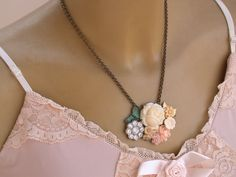 Flower Necklace Vintage Necklace Shabby Chic by vintagebynina, $89.00