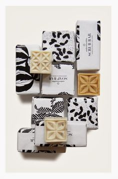 This soap looks very fancy. The elements of design are even carried down to the actual bar of soap Branding And Packaging, Cosmetic Packaging, Pretty Packaging, Beauty Packaging, Design Packaging, Bottle Packaging, Product Packaging, Webdesign Inspiration, Packaging Design Inspiration