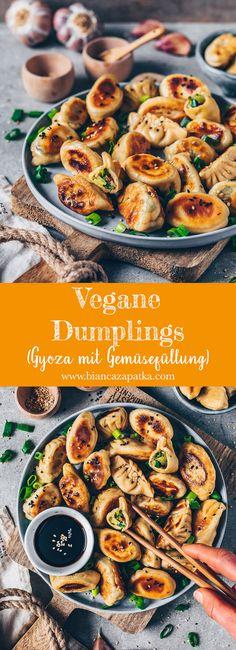 Vegetable Dumplings (Vegan Gyoza / Potstickers - Best Vegan and Vegetarian Recipes - Healthy recipes Vegetable Dumplings, Vegan Dumplings, Homemade Dumplings, Dumpling Recipe, Vegan Potstickers, Vegetable Dish, Vegetarian Dumplings Recipe, Vegetable Snacks, Meat Recipes