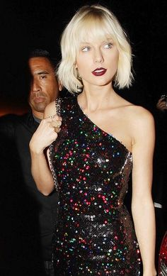 Before: Taylor Swift with a platinum dye job.
