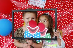 Girls can Clown AROUND Too! http://littlecountrypreschooleburg.com/Page_10.php