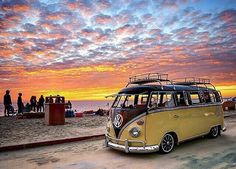 #vw #vwcamper #vwbus #kombi #vwvan #hippievan #volkswagen #babe #beach #girl #surf #model #retro #type2 #vwbabe #vintage #campervan #camper #hippyvan #earlybay #splitscreen #camping #vwgirl