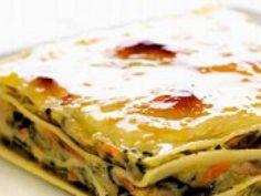 Receita Prato Principal : Lasanha de bacalhau e espinafres de Comeratenaopodermais Cod Recipes, Cooking Recipes, Healthy Recipes, Quiche, Portuguese Recipes, Portuguese Food, Cod Fish, Pasta, Fish Dishes